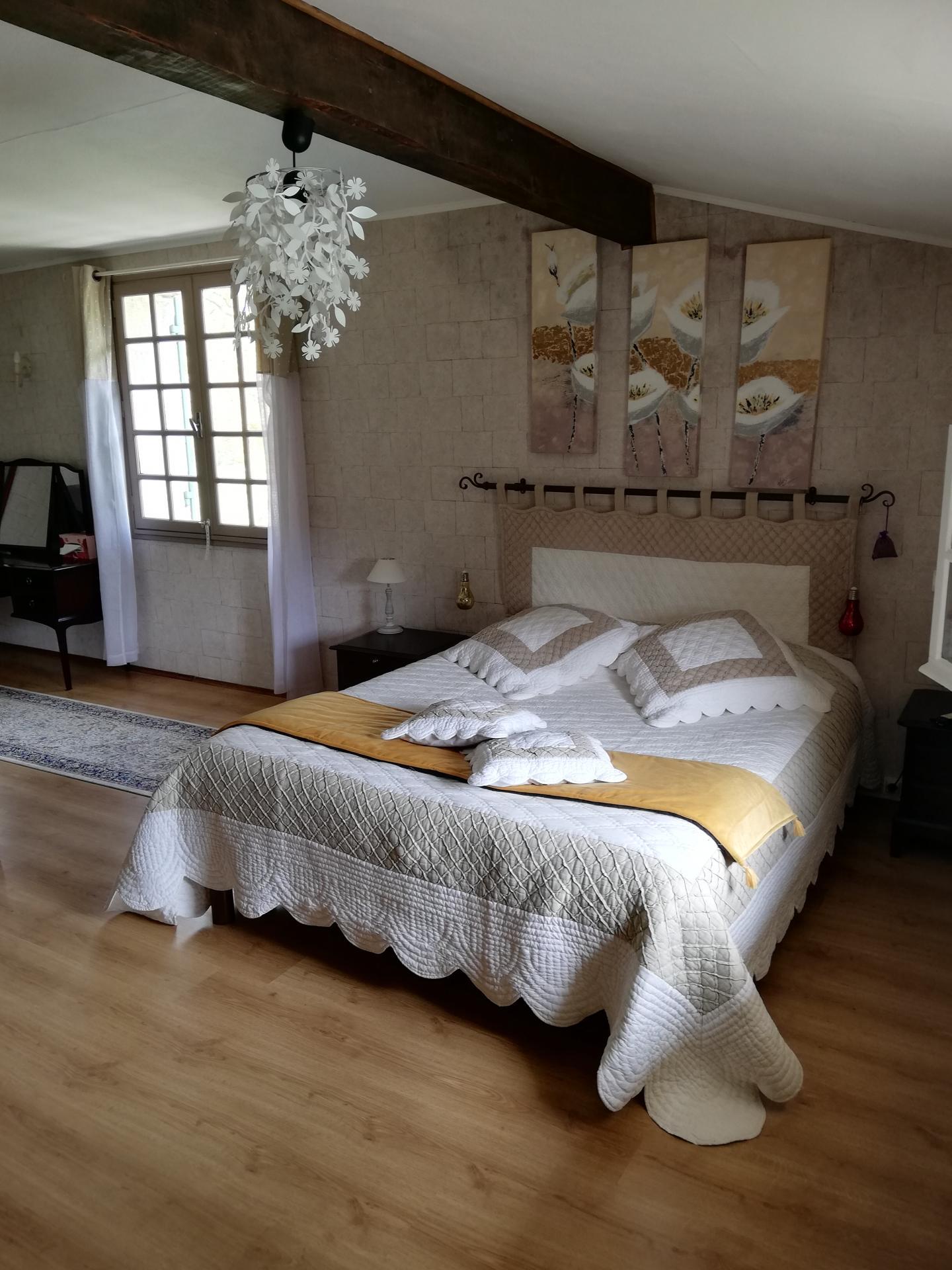 Suite - Vue du lit